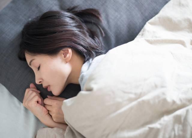 年齢に負けない肌をつくる睡眠!